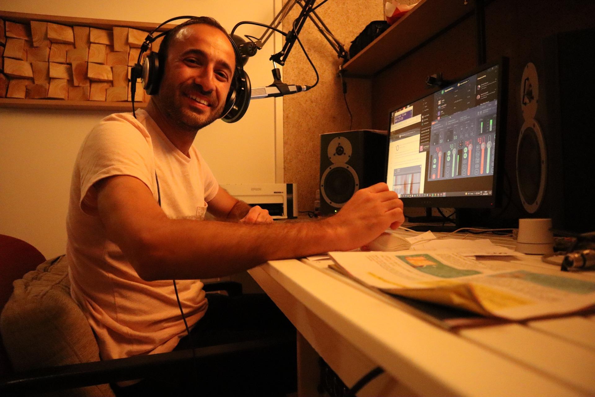 Pedro in studio